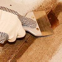 Окрашивание бетонных полов органоразбавляемой краской Тиккурила