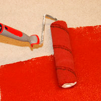 Окрашивание ранее покрытых краской бетонных полов Тиккурила