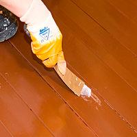 Окрашивание ранее лакированных или окрашенных деревянных полов органоразбавляемой краской Тиккурила