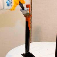 Покрытие краской ранее окрашенной металлической мебели