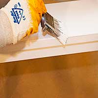 Окрашивание деревянной мебели органоразбавляемой краской